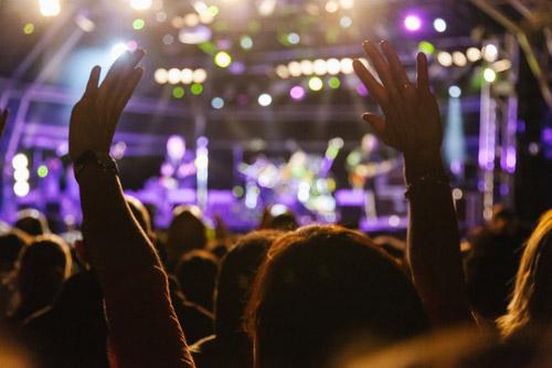 コンサートとライブ