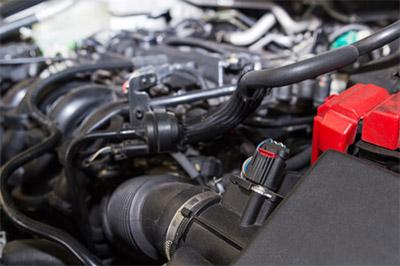 ハイオクガソリンは、オクタン価が高いので、高圧縮が可能